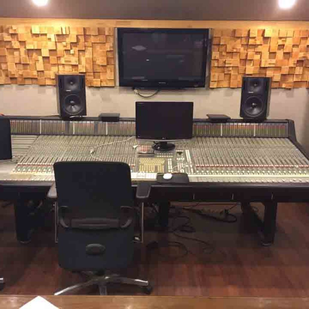 SSL4048G+/G+ With Ultimation.